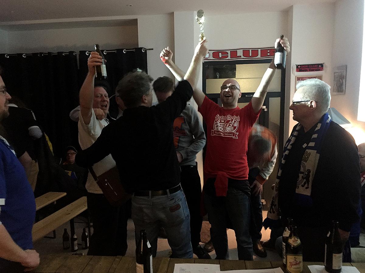 Effzeh-Fans holen den Cup
